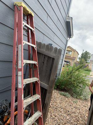300 lb ladders. for Sale in Castle Rock, CO