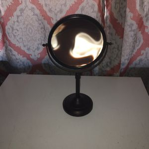 Adjustable double sided makeup mirror for Sale in Apache Junction, AZ