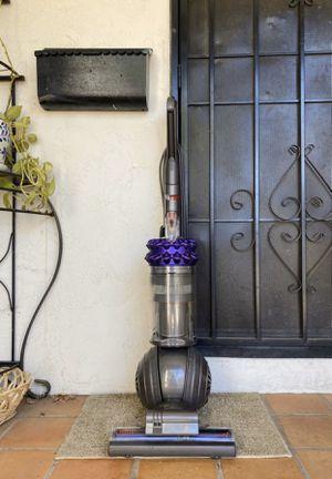 Dyson Cinetic Big Ball Animal Vacuum Cleaner w/ attachments for Sale in El Cajon, CA