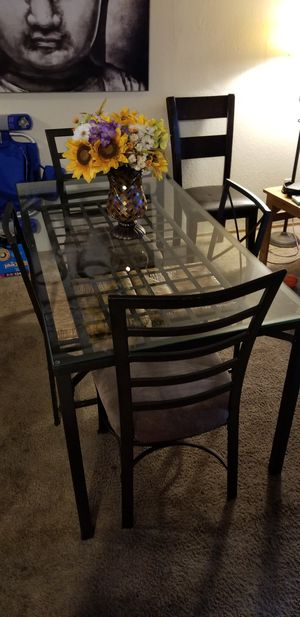 Glass kitchen table with 5 chairs for Sale in Everett, WA
