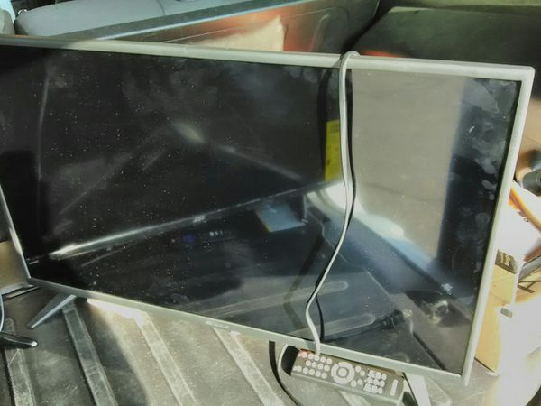 Two 32' Inch FlatScreen Smart TVs $100 Each