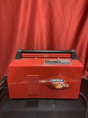 Lincoln 88amp Weld Pack HD Flux-Core Wire Feed Welder for Sale in Yardley, PA