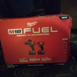 M18 Fuel 2 Tool Combo Kit 2997-22 for Sale in Everett, WA