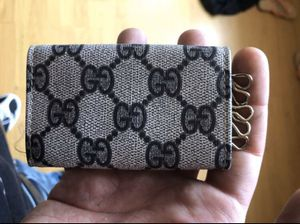 Authentic Gucci Key Case / Mini Wallet Card Holder for Sale in Revere, MA