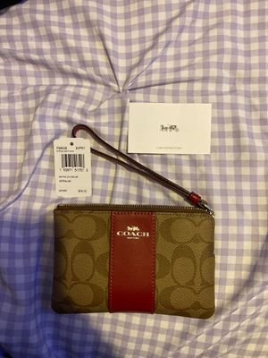 Coach wristlet for Sale in Arvin, CA