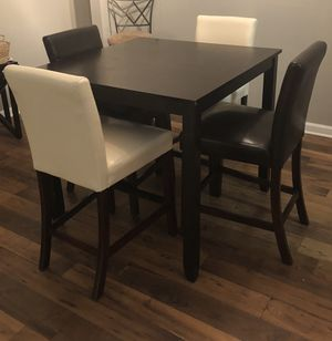 Bar Top Dining Set for Sale in Atlanta, GA