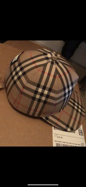 Burberry hat for Sale in Detroit, MI