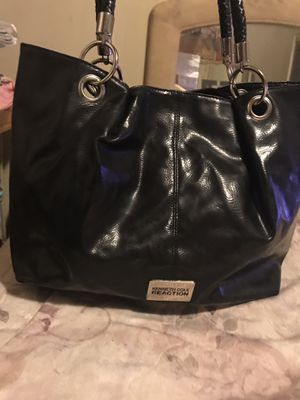 Kenneth Cole Reaction black purse for Sale in Clayton, MO