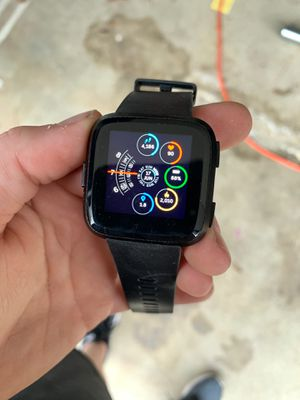 Fitbit Versa for Sale in Waterford Township, MI
