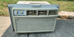 Whirlpool Window AC unit for Sale in Huron Charter Township, MI