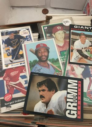 Box of about 500 sports cards from 70-90s for Sale in Potomac, MD