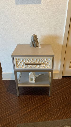 Small End Table for Sale in Orlando, FL