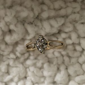 10k gold ring size 6 with 7 small diamonds for Sale in Chillum, MD