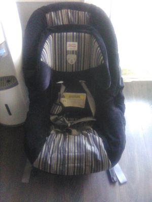 Boy car seat for Sale in East Haven, CT