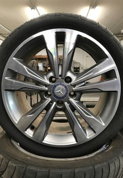 "Mercedes Benz e 350 stock rims ""18""s for Sale in Vista,  CA"