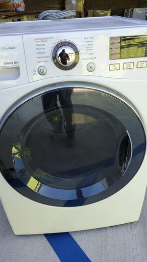 Lg lavadora y secadora garantía en ellas se aceptan ofertas razonables for Sale in Los Angeles, CA