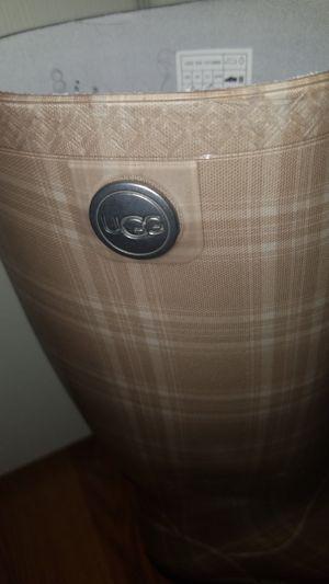 UGG Rain boots Size 8 for Sale in Yorktown, VA