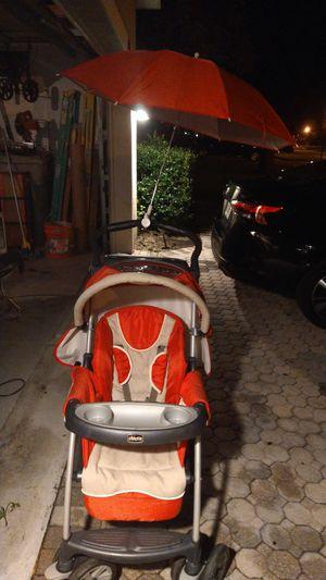 Chicco baby stroller plus optional umbrella for Sale in Apopka, FL
