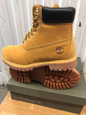 NEW MEN BOOTS for Sale in Chicago, IL
