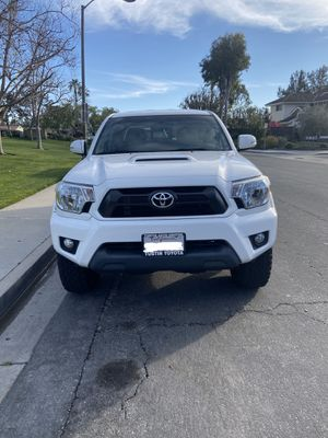 2015 Toyota Tacoma Clean Title for Sale in Laguna Beach, CA