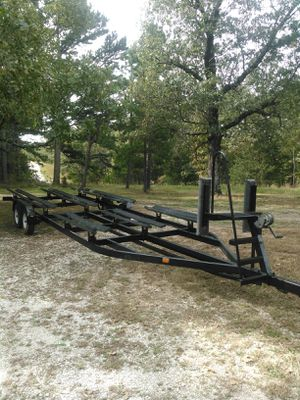 Pontoon boat trailer for Sale in Richland, MO