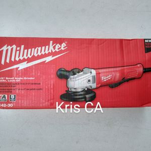 Milwaukee Corded Small Angle Grinder for Sale in La Puente, CA