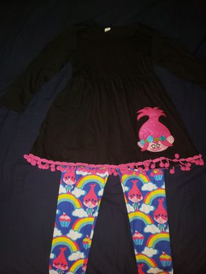 Princess Poppy outfit for Sale in Bedford Park, IL