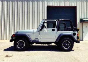 Price $$12OO Jeep Wrangler 2004 One Owner! Excellent Condition for Sale in Frederick, MD