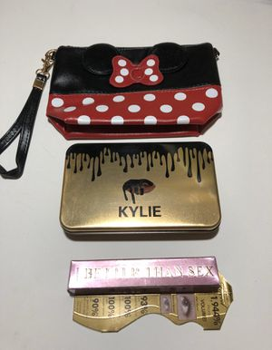 """Minnie Mouse Makeup Bag/ Clutch, Makeup Brush 12 Piece Set & Too Faced """"Better Than Sex """" Full Size Black Mascara for Sale in Fall River, MA"""