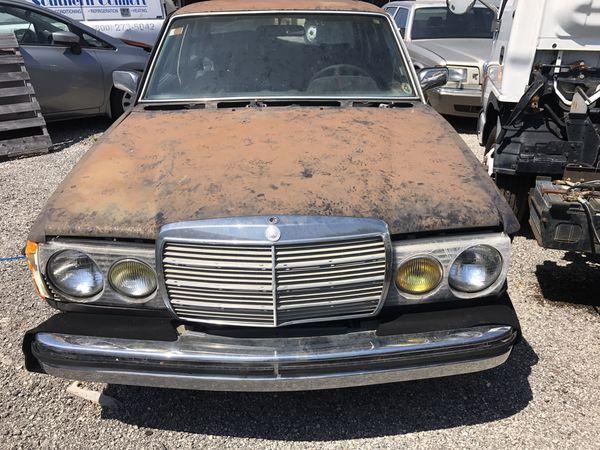 1980 mercedes Benz 300d diesel auto donor car parts running