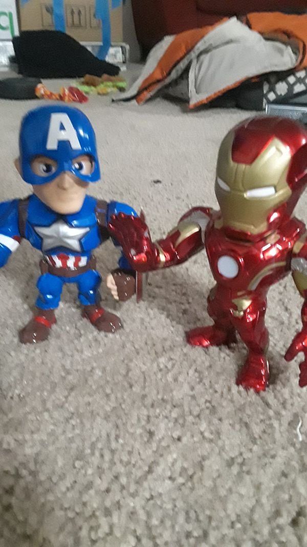 Captain America and IronMan