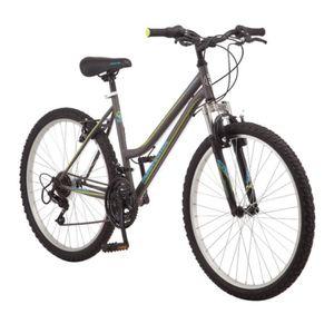 Roadmaster Granite Peak Women's Mountain Bike, 26-inch wheels, grey for Sale in San Diego, CA