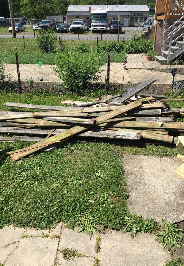 Scrap wood/firewood
