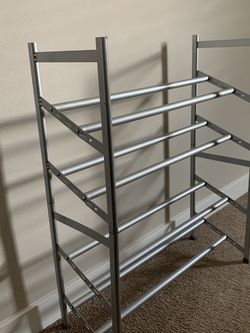 Folding Stand For Shoes 🌺 for Sale in Everett,  WA