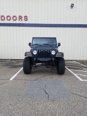 Jeep wrangler X 2005 for Sale in Fresno, CA