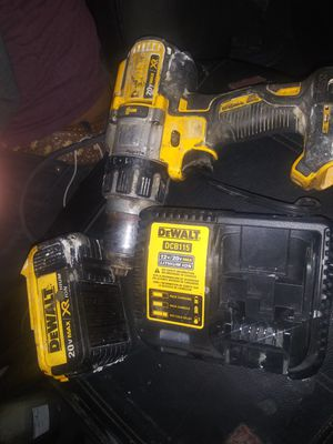 hammer drill with butter and charger and so so for Sale in Oklahoma City, OK