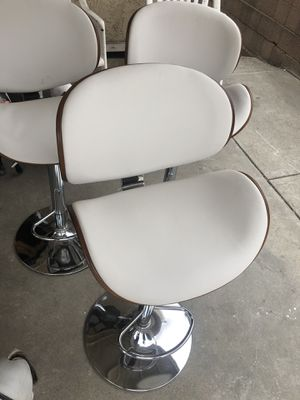 Ashely stools white for Sale in Carson, CA