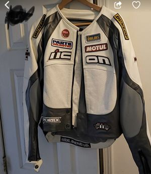 Motorcycle jacket size Medium for Sale in New York, NY
