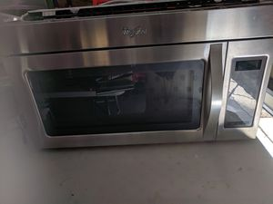 Whirlpool, microwave for Sale in GRANT VLKRIA, FL