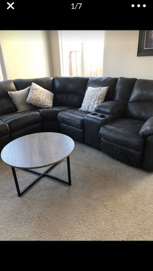 Perfect sectional and table for Sale in Gilroy, CA