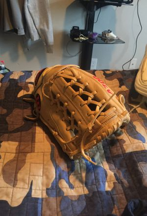 Wilson A700 Baseball Glove for Sale in Hollywood, FL