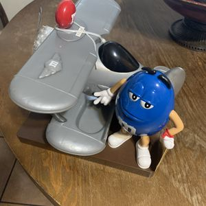 M&M World Airplane Chocolate Candy Dispenser for Sale in Chino, CA