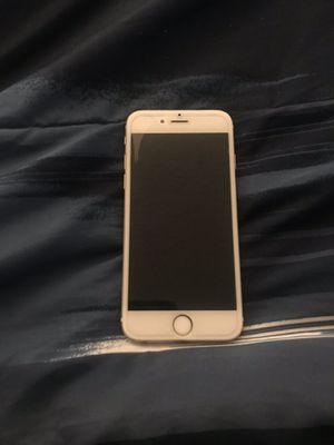 iPhone 7 plus for Sale in Lancaster, CA