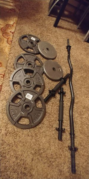 Curl Bar And Weights $150 for Sale in Renton, WA