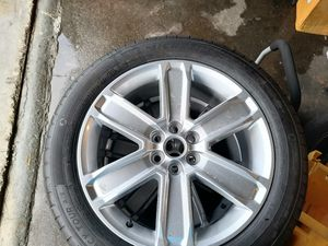 GM BRAND NEW RIMS AND TIRES 235/55R20 for Sale in Miami, FL