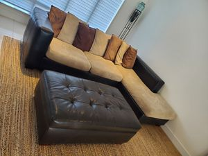 Stylish Sectional with Ottoman. Good Quality and Durable. The Ottoman also can open for storage space . for Sale in Doral, FL