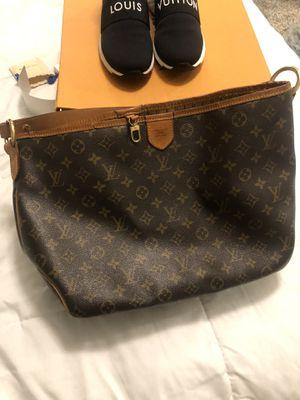 Louis Vuitton bag for Sale in Delray Beach, FL