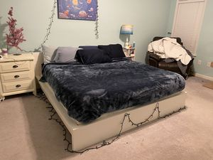 King Size bed frame for Sale in Raleigh, NC
