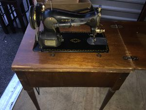Antique Singer sewing machine & built into table WORKS for Sale in Rustburg, VA