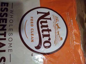 Nutro Dog Food 🐕 Senior 7+Years 15 Pound Bag for Sale in Brick Township, NJ